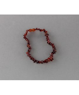 Baby amber necklace - dark cognac chips