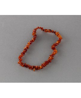 Baby amber necklace - cognac chips