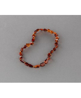 Baby amber necklace - flat bright cognac olives