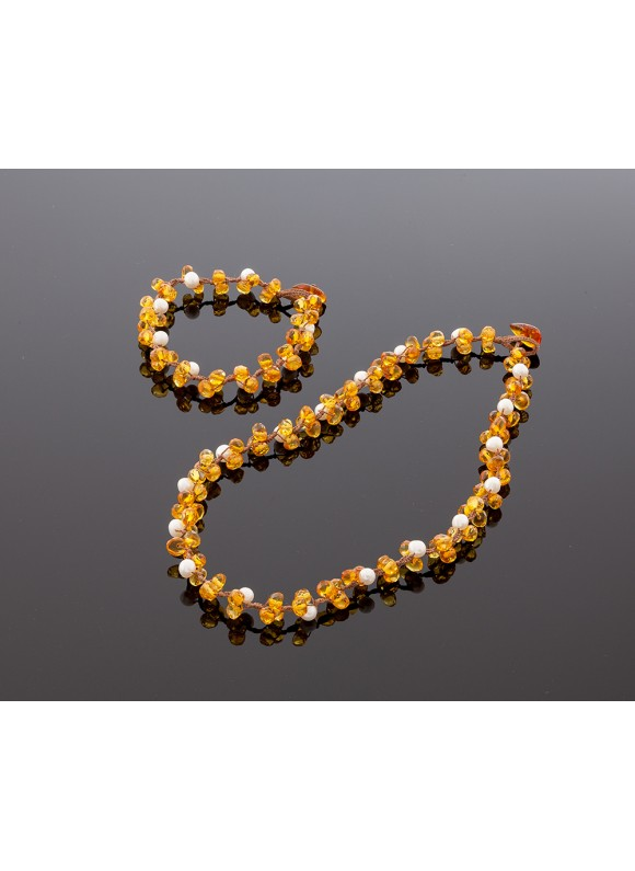 Faceted light amber bracelet with pearls