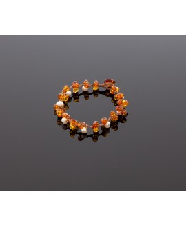 Faceted cognac amber bracelet with pearls