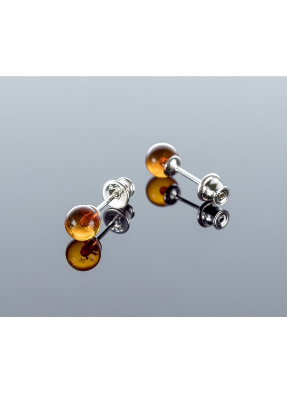 Round cognac amber earrings, 6mm