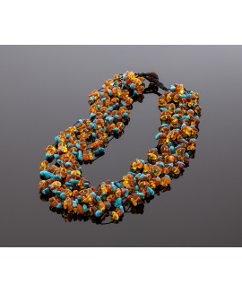 Luxurious amber necklace with turquoise