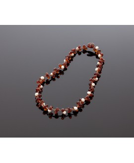 Faceted dark amber necklace with pearls