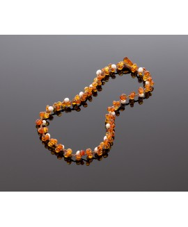 Faceted cognac amber necklace with pearls